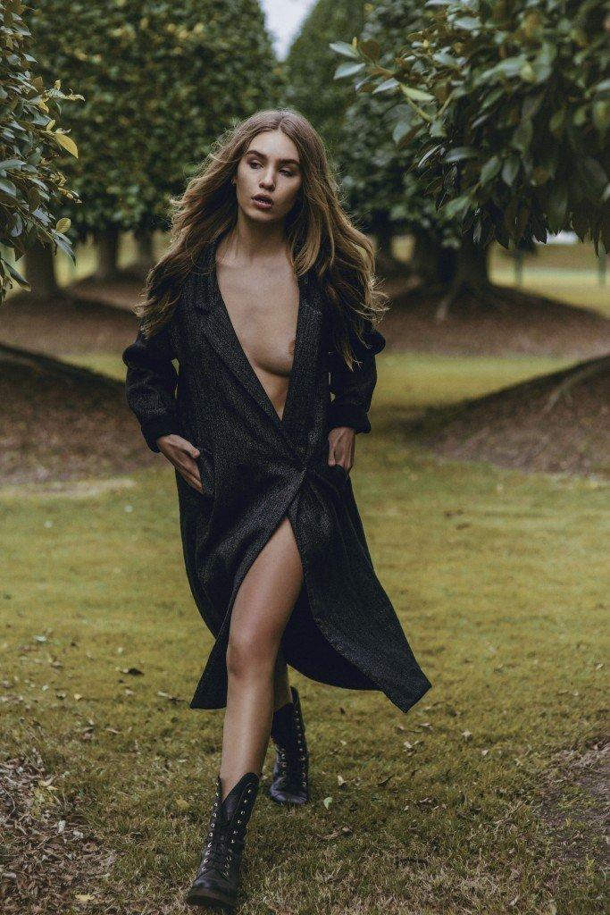 Nat Lanyon Topless 3