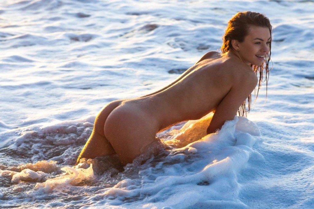 Debora caprioglio nude sex scenes