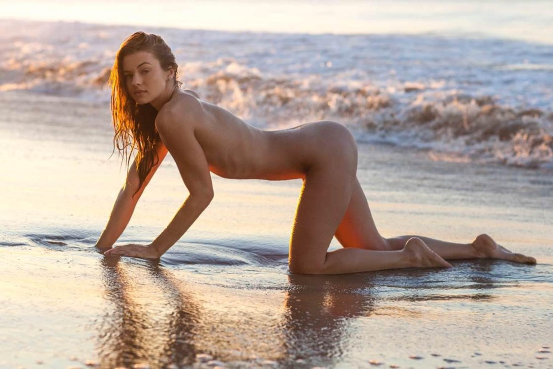 Olivia Frischer Naked - 7 Photos