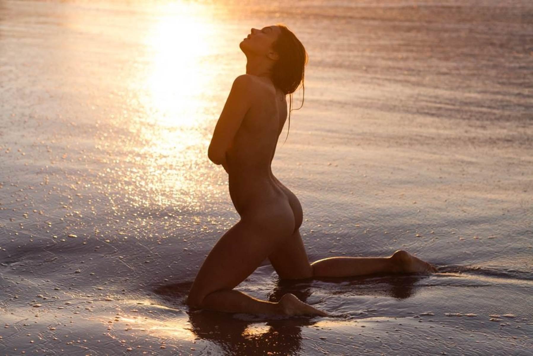 images Olivia Frischer Naked - 7 Photos