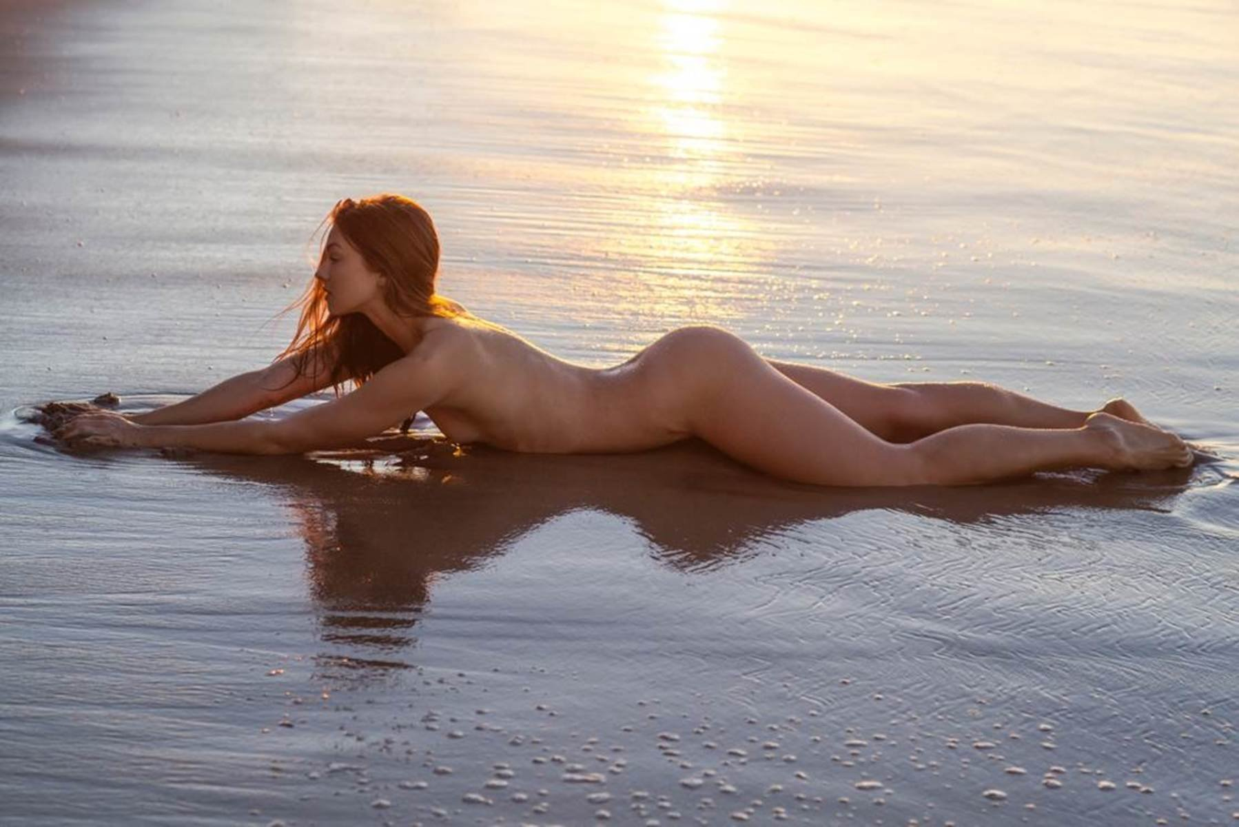 Nude Photoset of Camille Rowe. 2018-2019 celebrityes photos leaks! pics