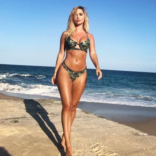 Rosanna Arkle Sexy (145 Photos)
