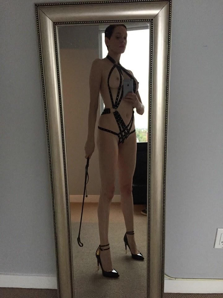 Rose McGowan Leaked New 14 thefappening.so