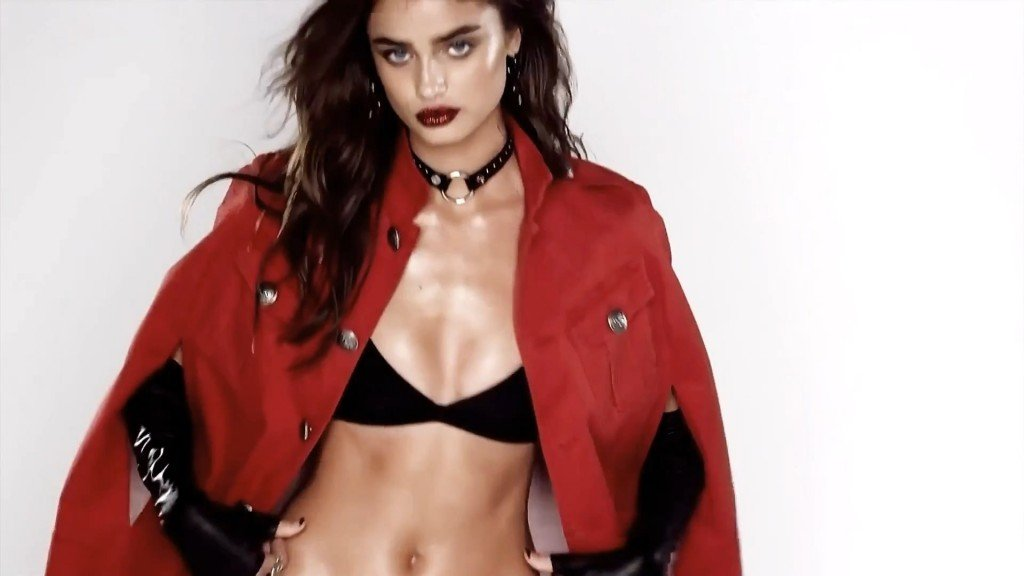 Taylor Hill Sexy 7