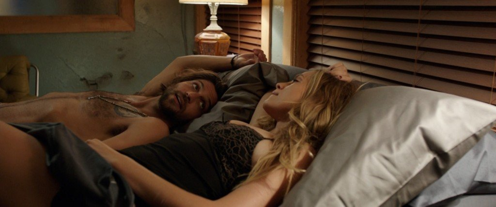 Teresa Palmer Sexy – Lights Out (2016) HD 1080p