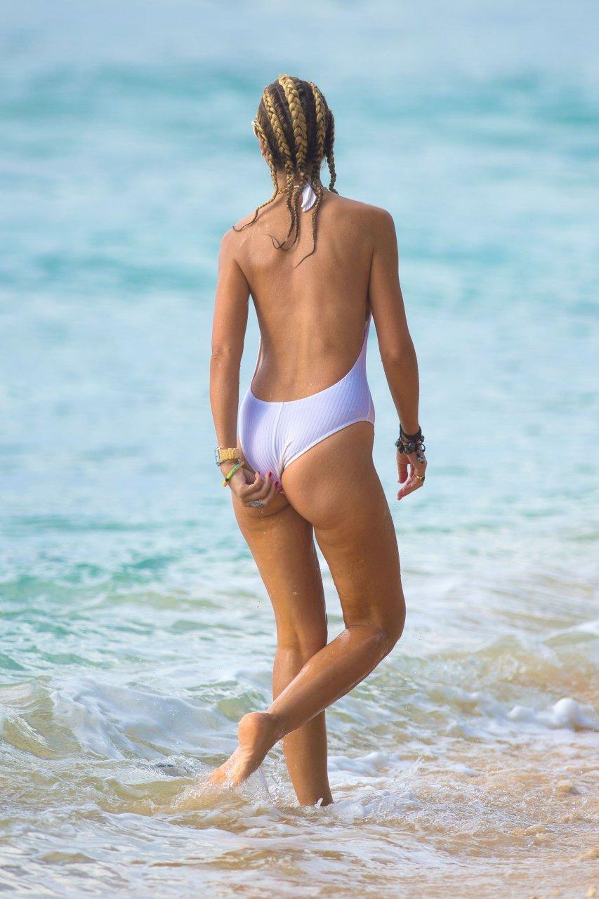 Nip slip at the beach