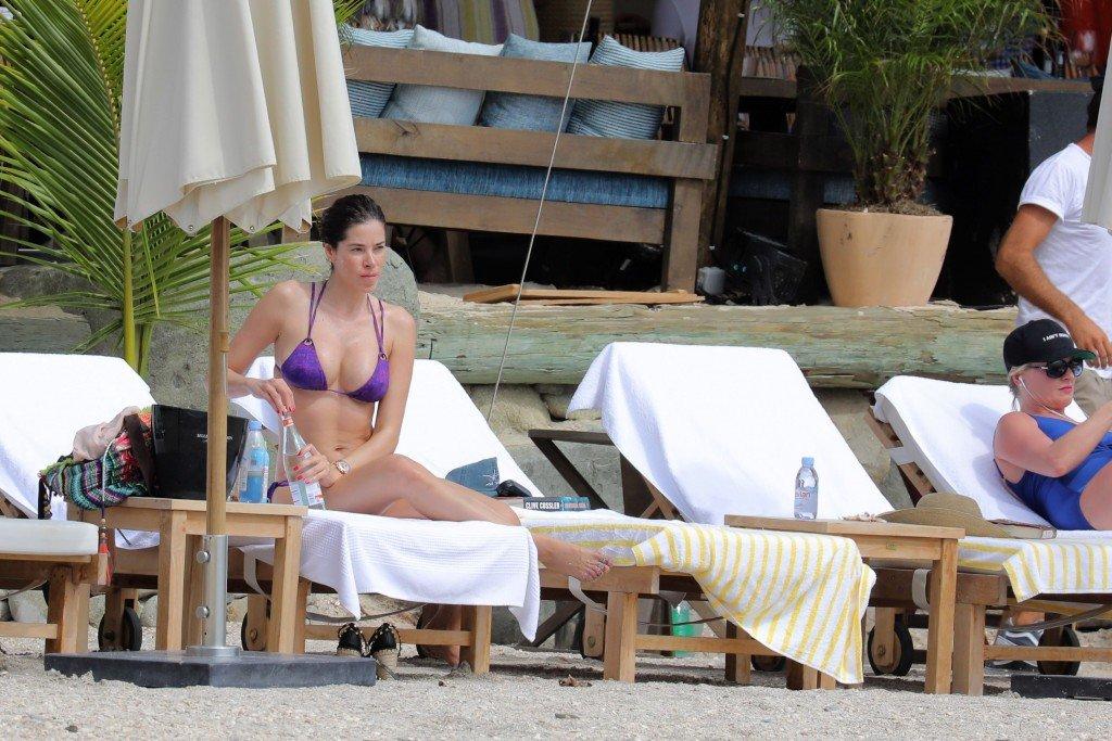 Aida Yespica Sexy (38 Photos)