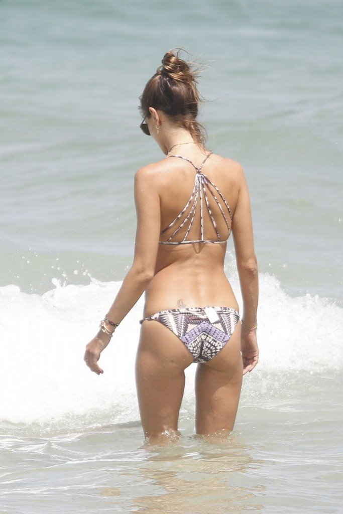 Alessandra Ambrosio Sexy thefappening.so 32