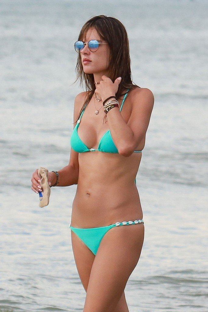 Alessandra Ambrosio Sexy thefappening.so 76