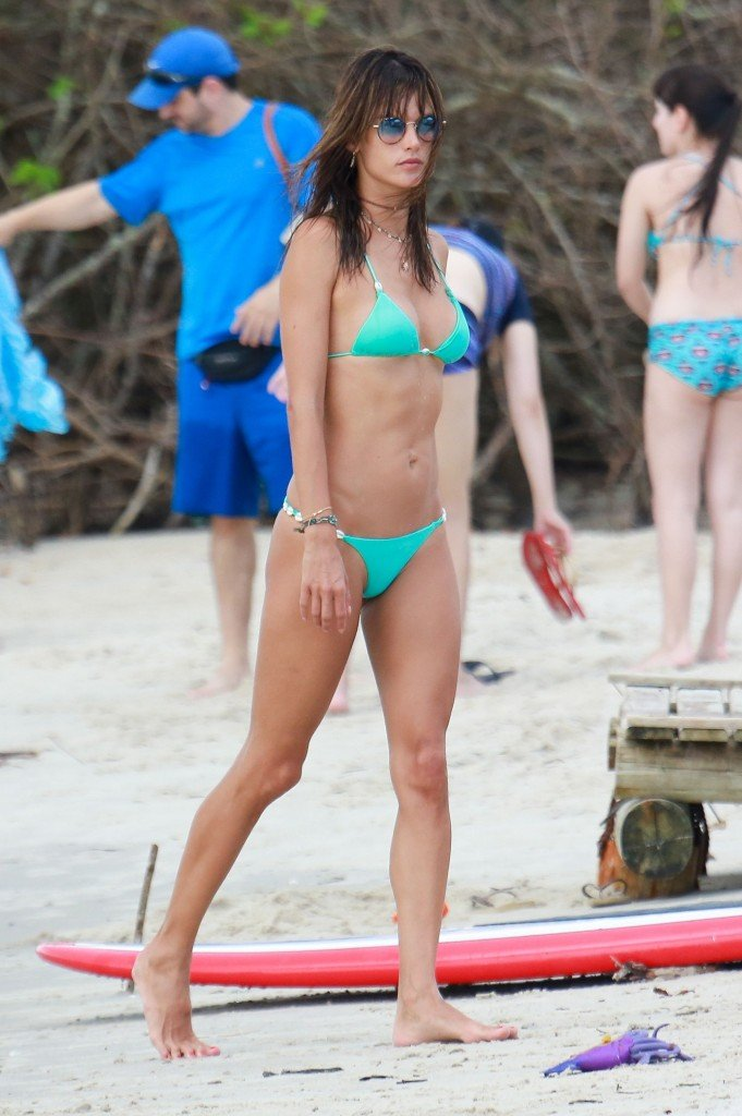 Alessandra Ambrosio Sexy thefappening.so 88