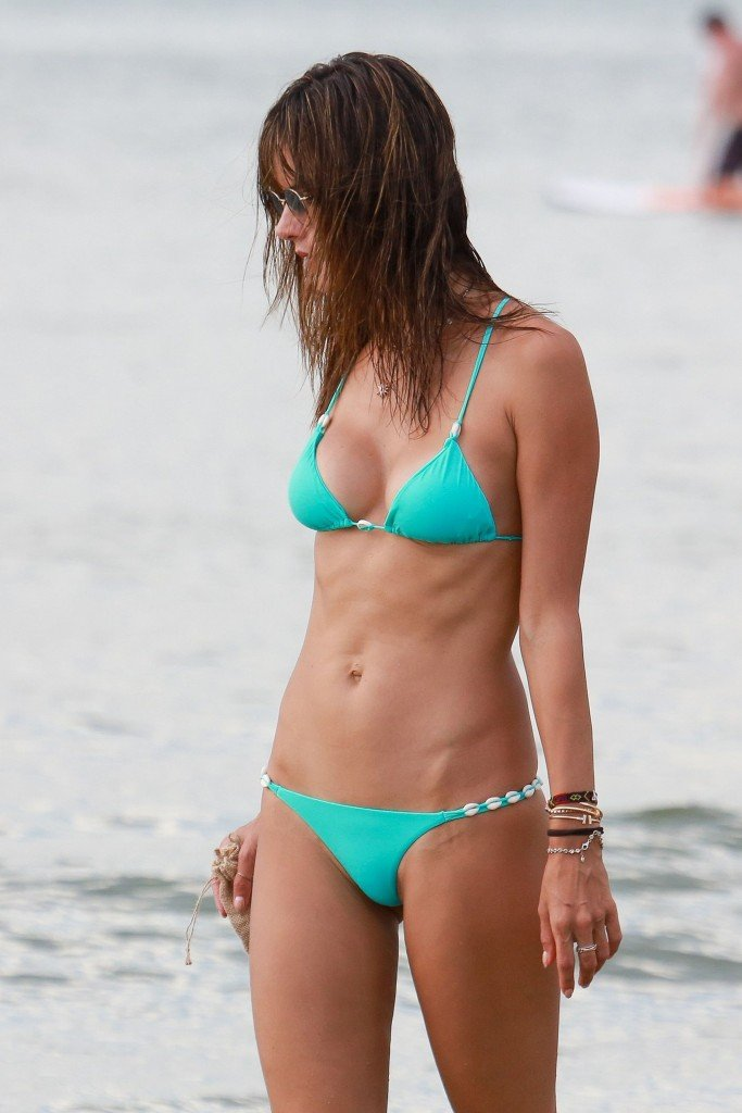 Alessandra Ambrosio Sexy thefappening.so 91