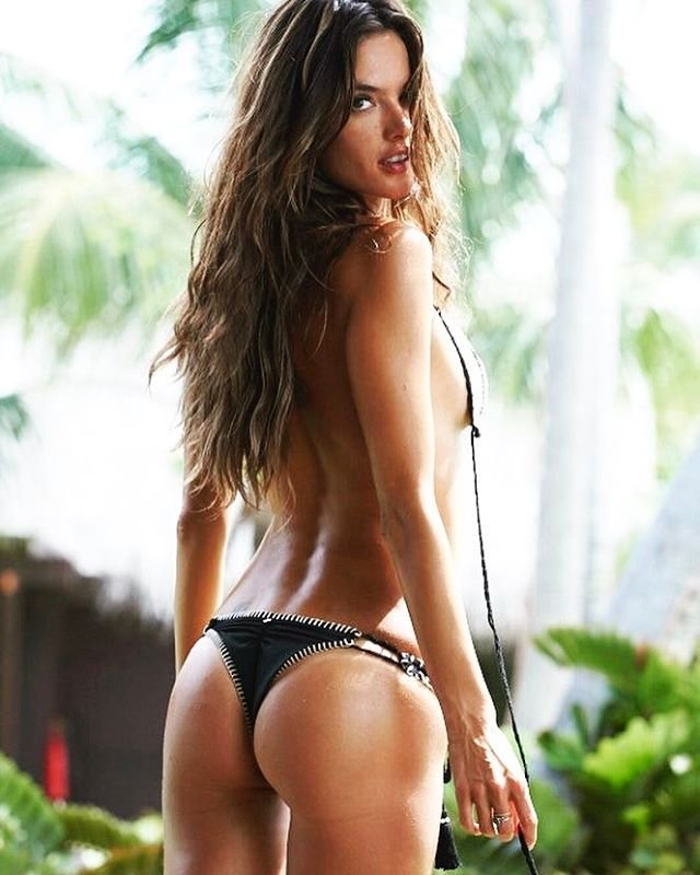 Alessandra Ambrosio thefappening.so 1