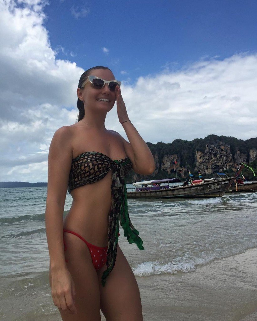 Alexandra Stan Sexy thefappening.so 4