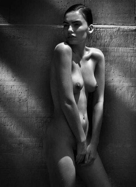 Alyssa Miller Naked (1 Photo)