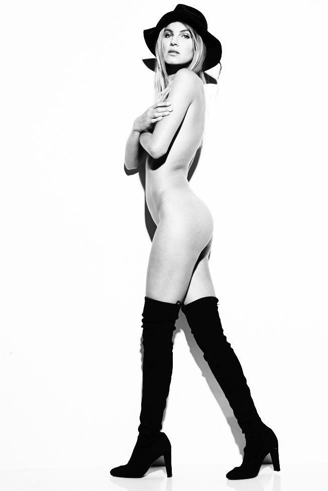 Ashley Haas Nude & Sexy (9 Photos)