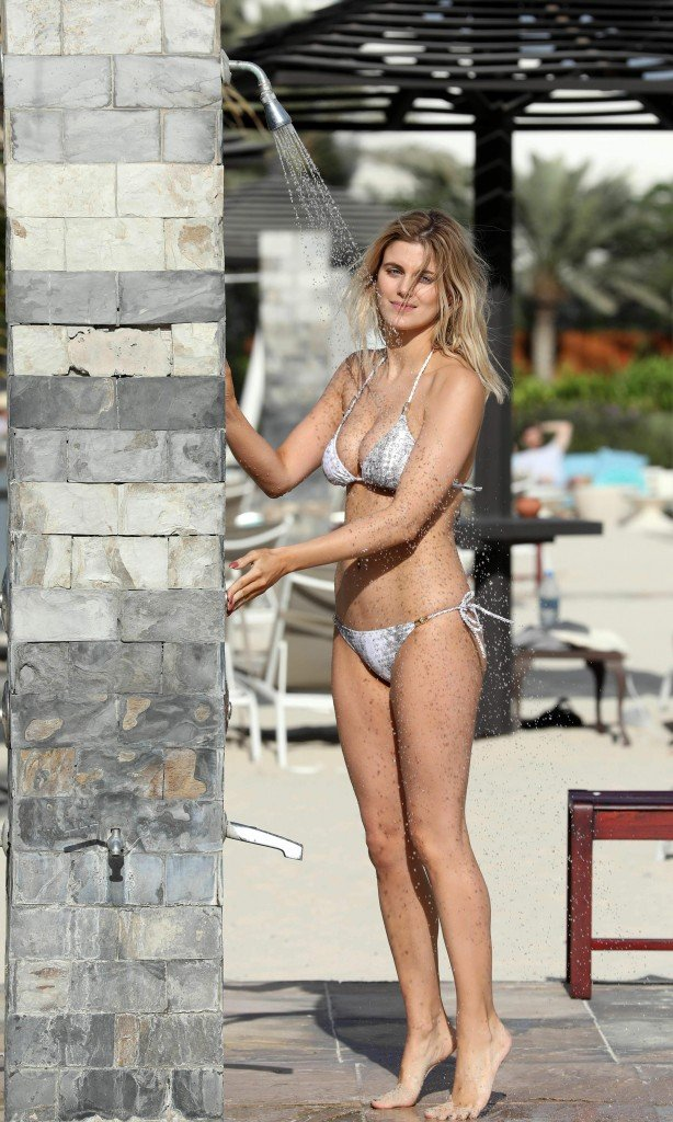 Ashley James Sexy thefappening.so 6