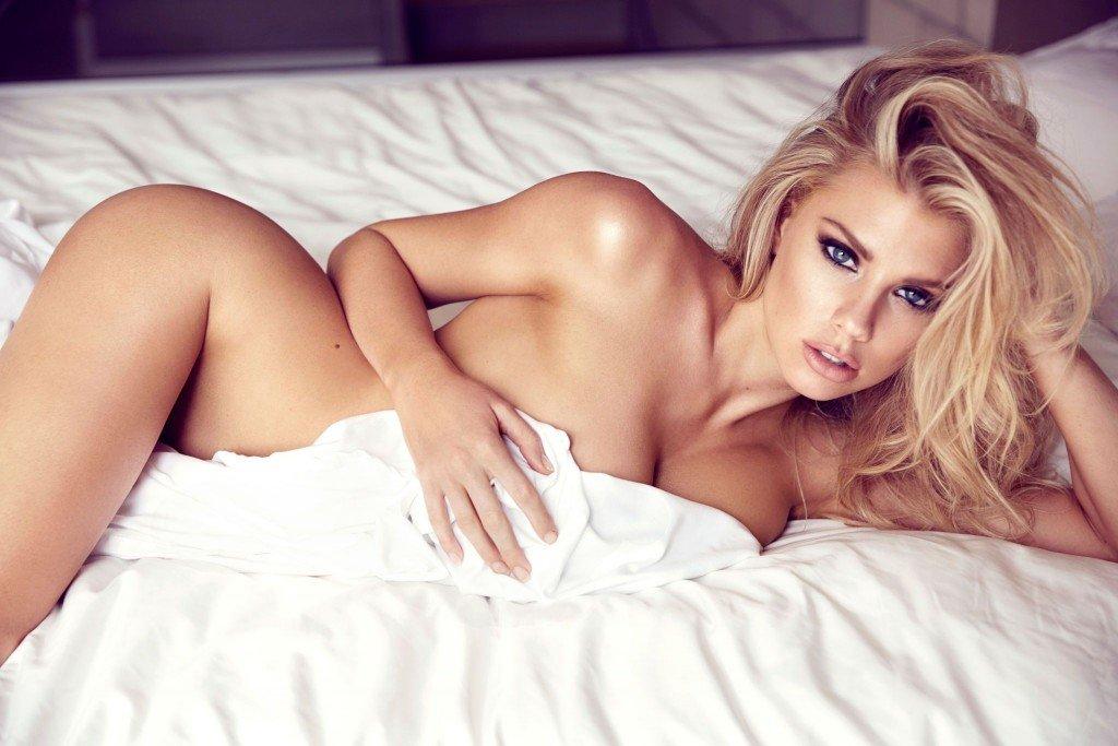 Charlotte McKinney Nude (4 Photos)