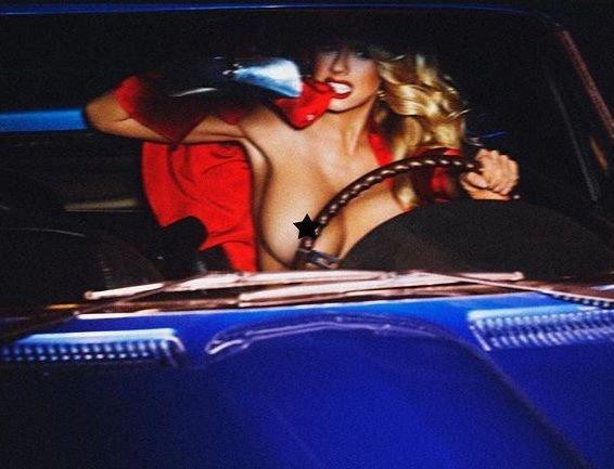 Charlotte McKinney Topless (1 Photo)