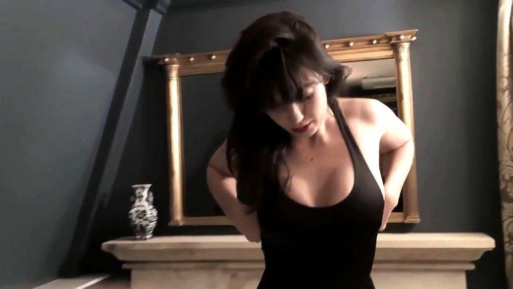 Daisy Lowe Sexy – 2016 LOVE Advent (Bonus)