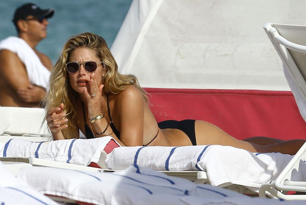 Doutzen Kroes Sexy thefappening.so 32