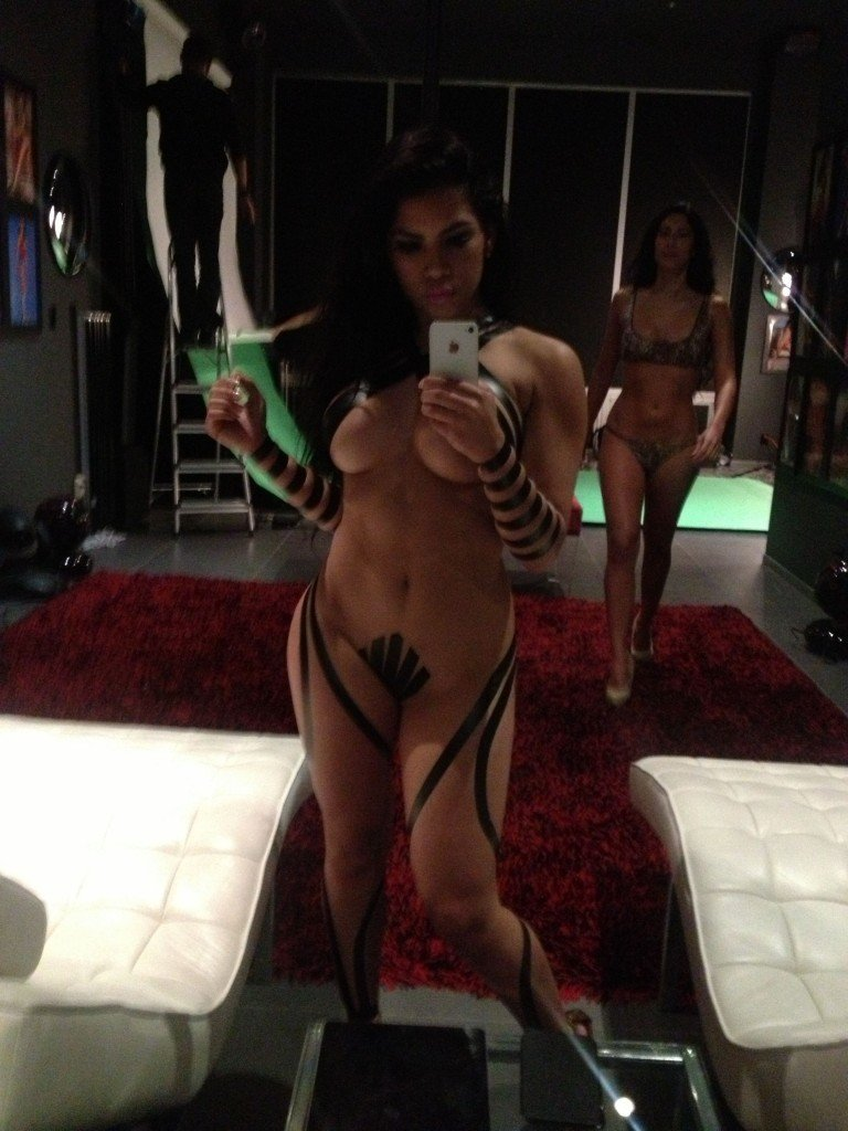 Elizabeth Ruiz Leaked (7 Photos)