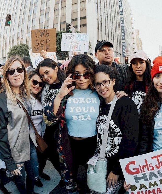 Gina Rodriguez Pokies (2 Photos)