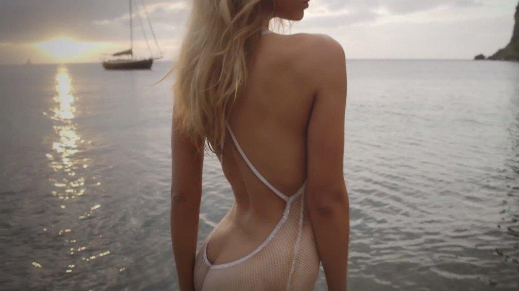 Hannah Ferguson's Body Paint 10 thefappening.so