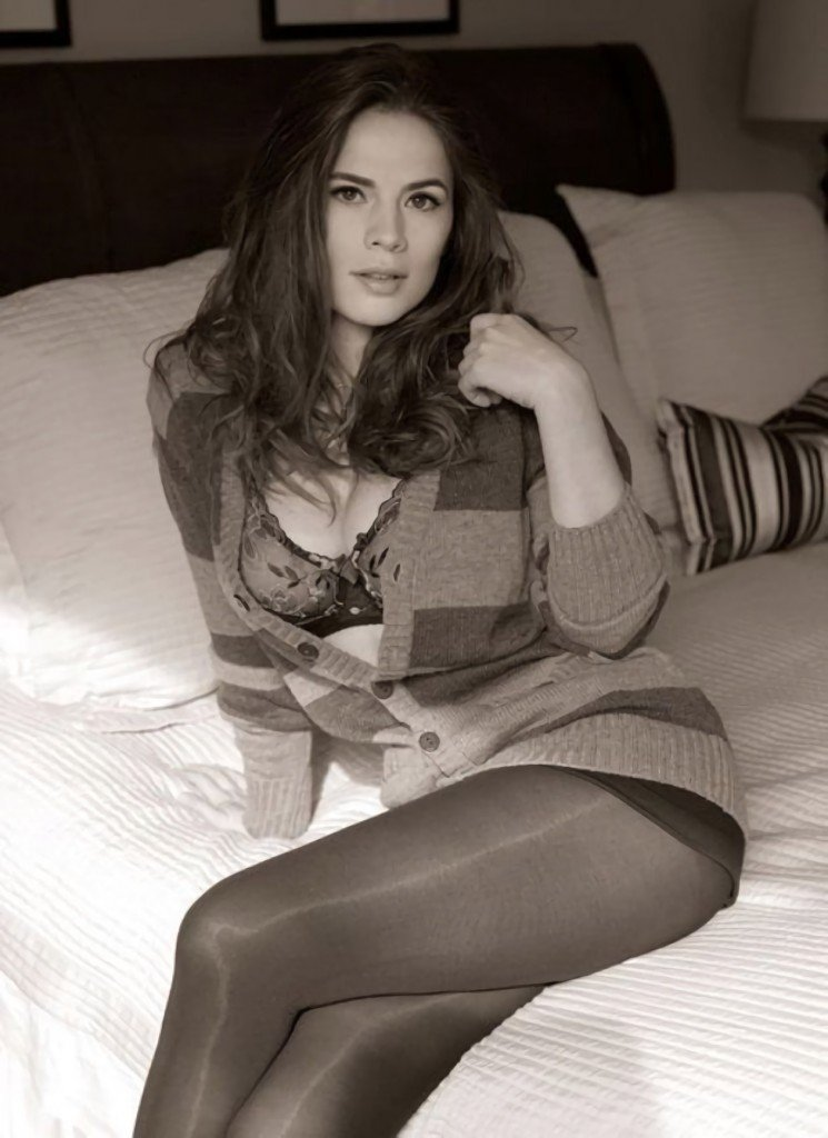 Hayley Atwell Sexy
