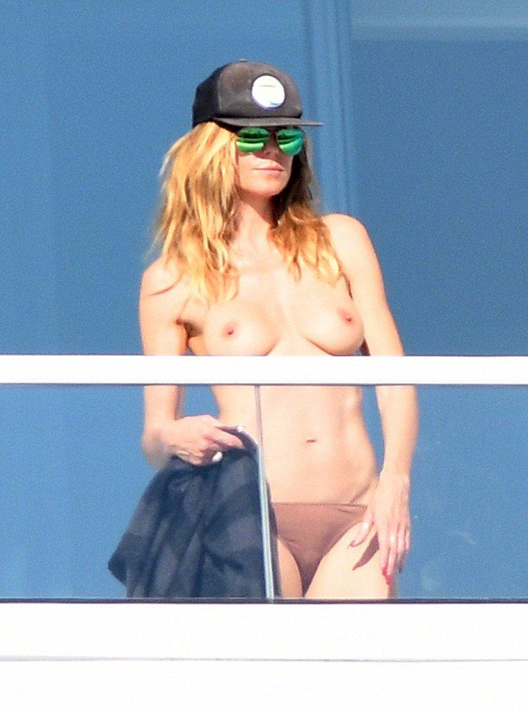 Heidi Klum Topless 3 thefappening.so