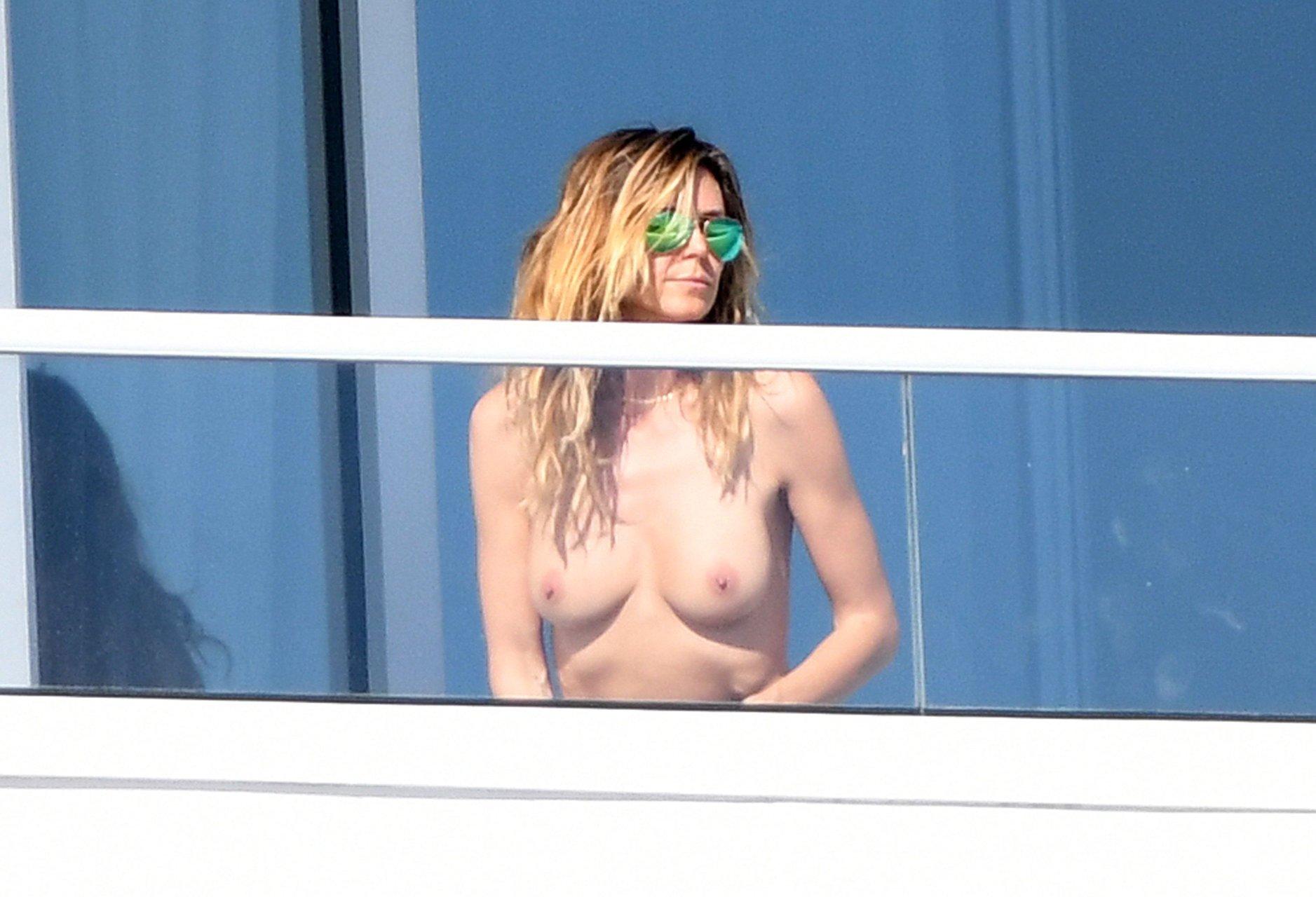 Heidi klum nude sunbathing