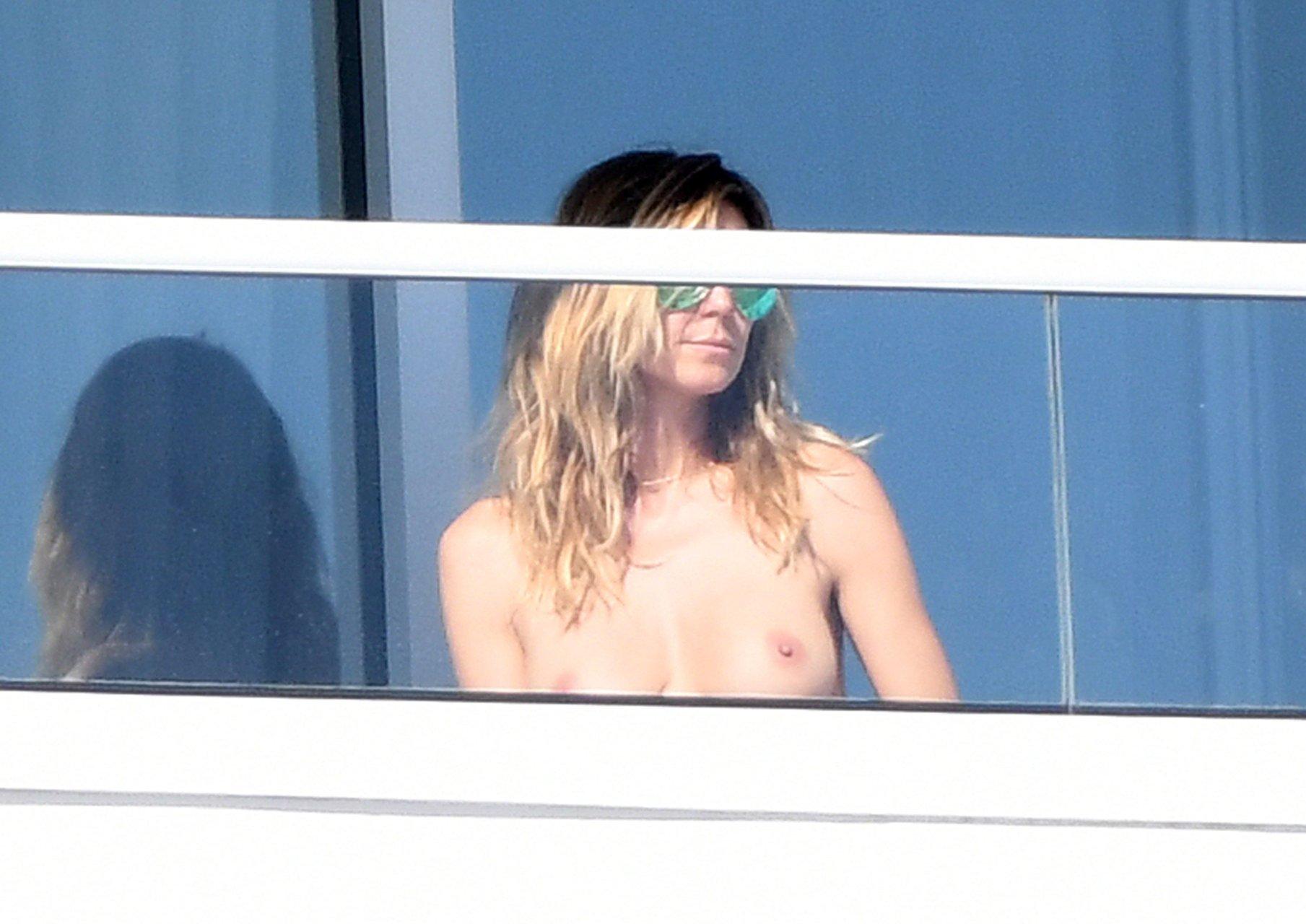 Heidi klum nude bath