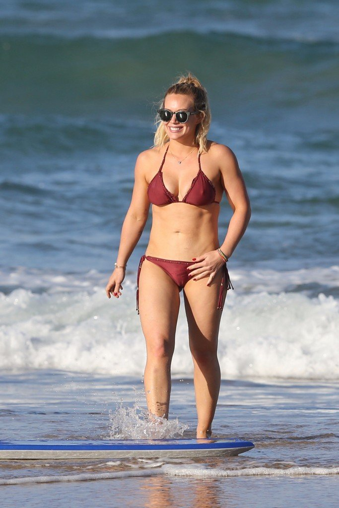 Hilary Duff Sexy thefappening.so 73