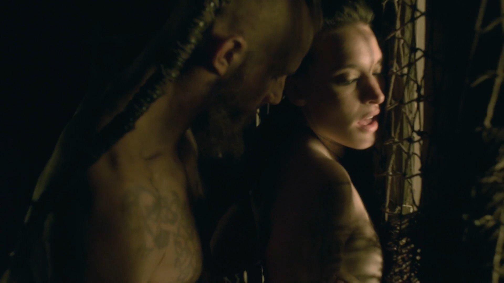 Vikings Nude 25