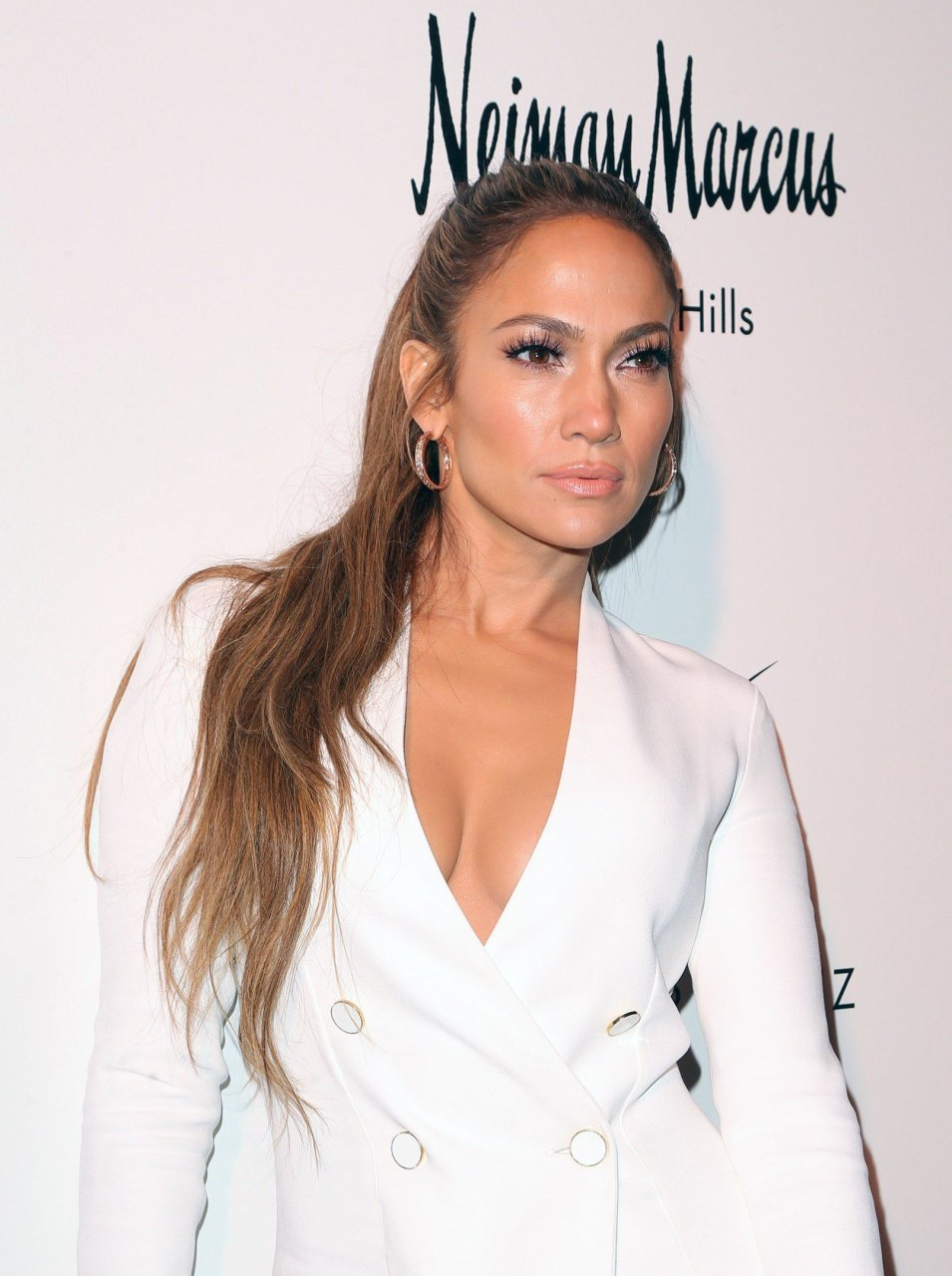 Jennifer Lopez Cleavage Nude Photos 72
