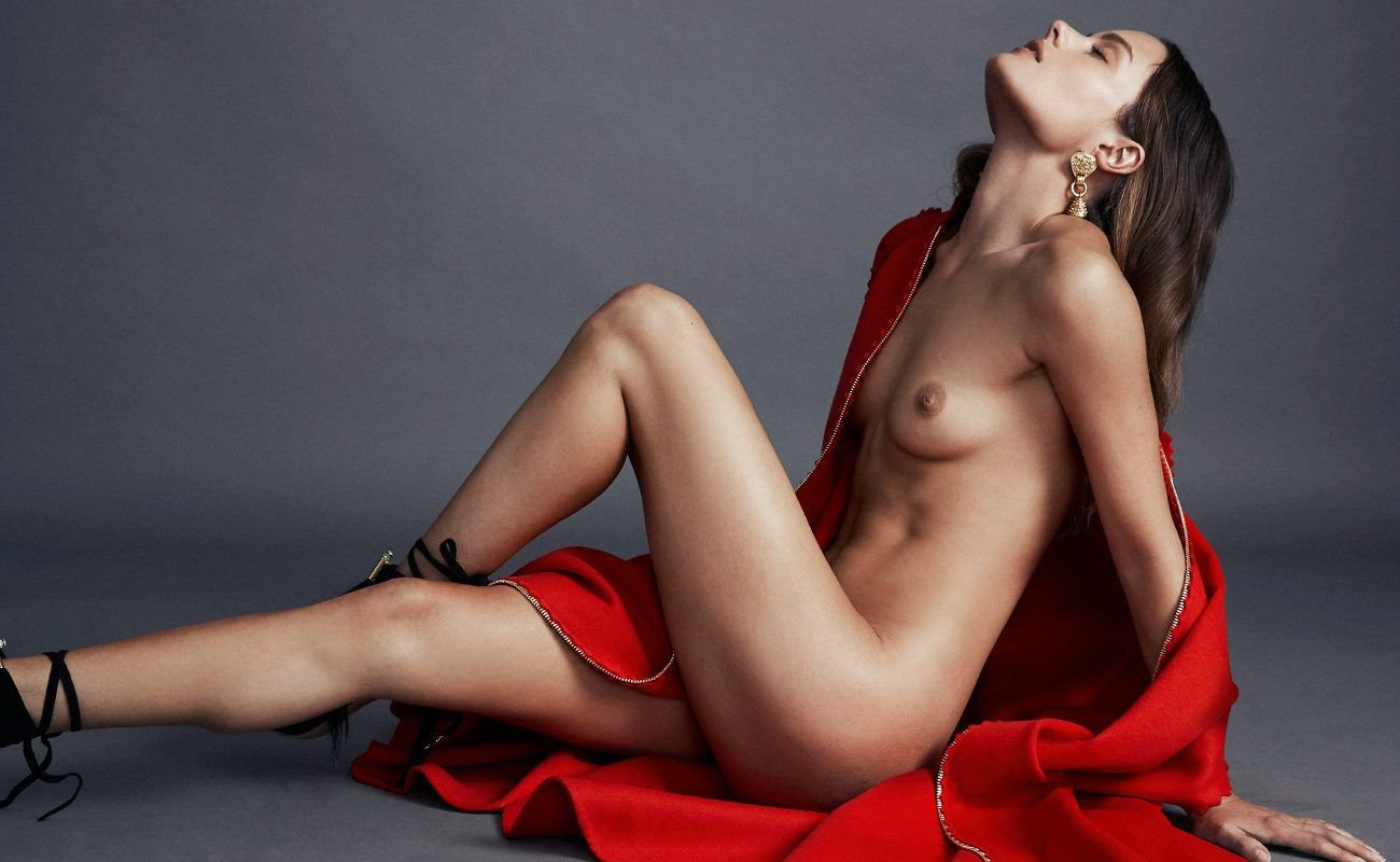 Jessica Lee  nackt