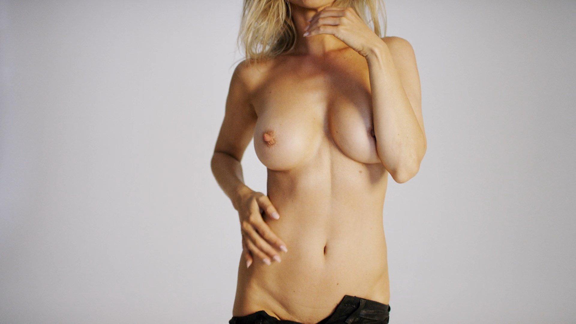 naked joanna krupa vajina