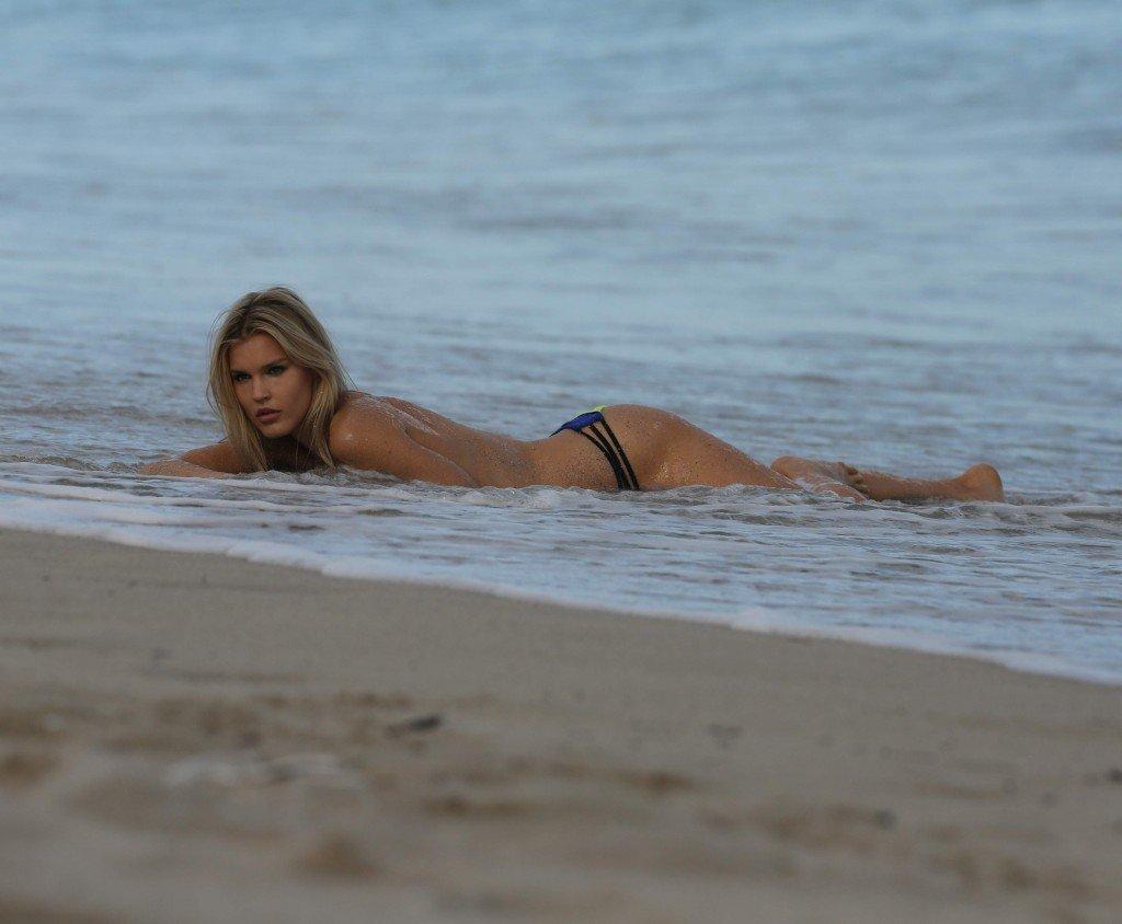 Joy Corrigan Sexy & Topless (18 Photos)