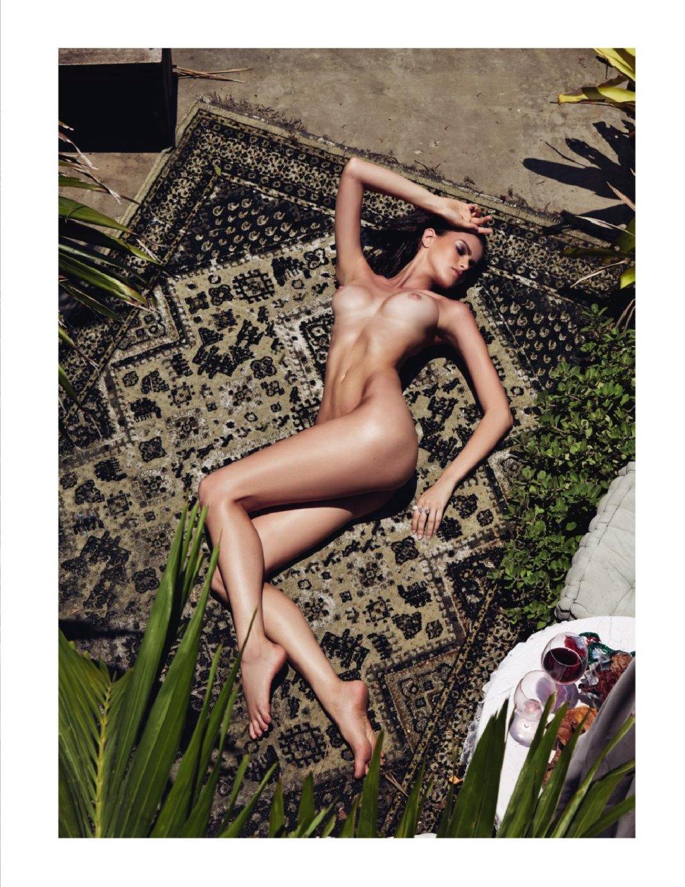 naked (22 photos), Sexy Celebrites image