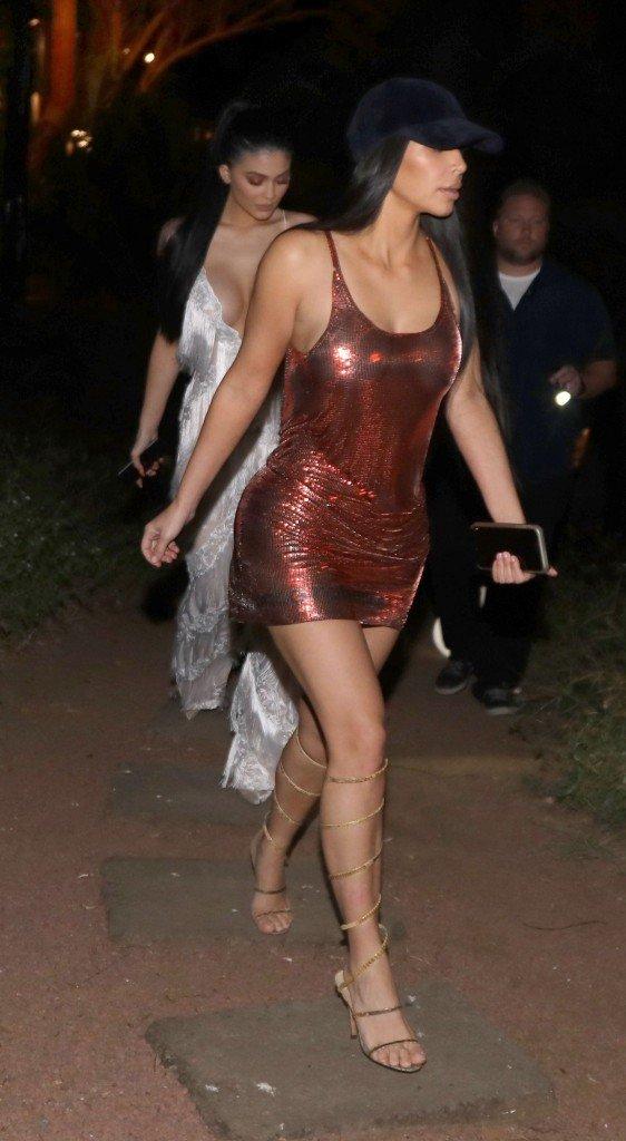 Kylie Jenner Kim Kardashian Sexy 3