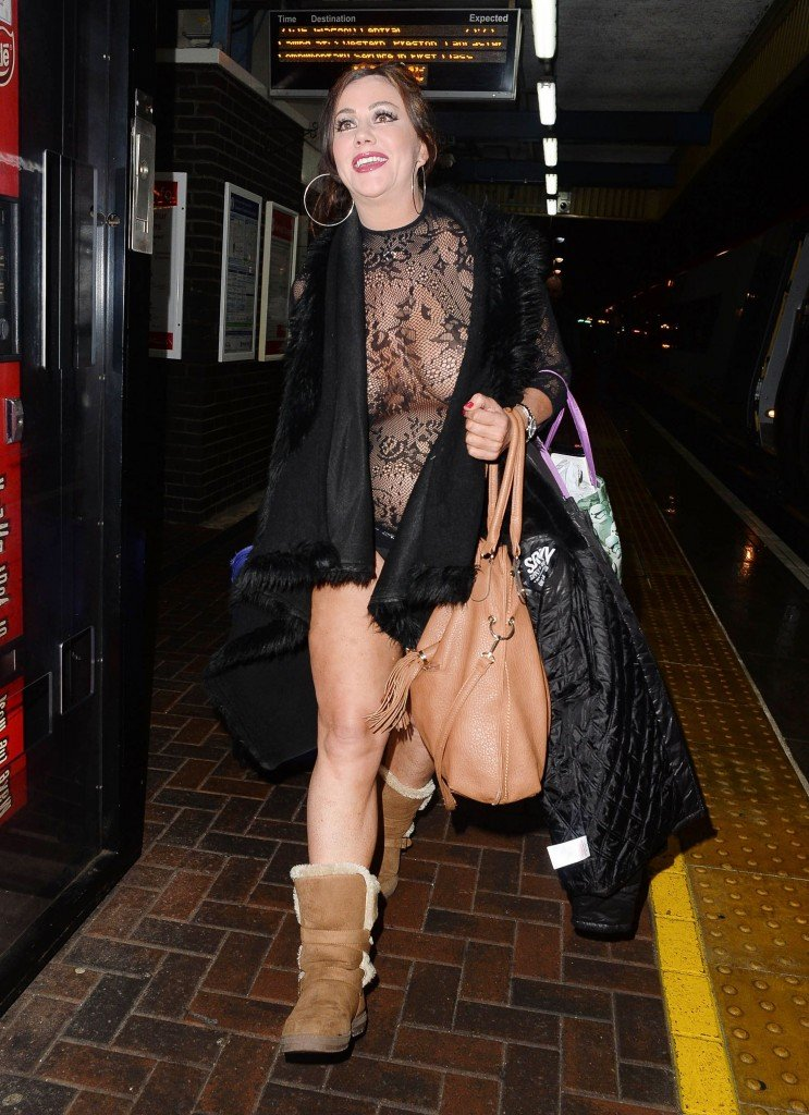 Lisa Appleton See Through 17