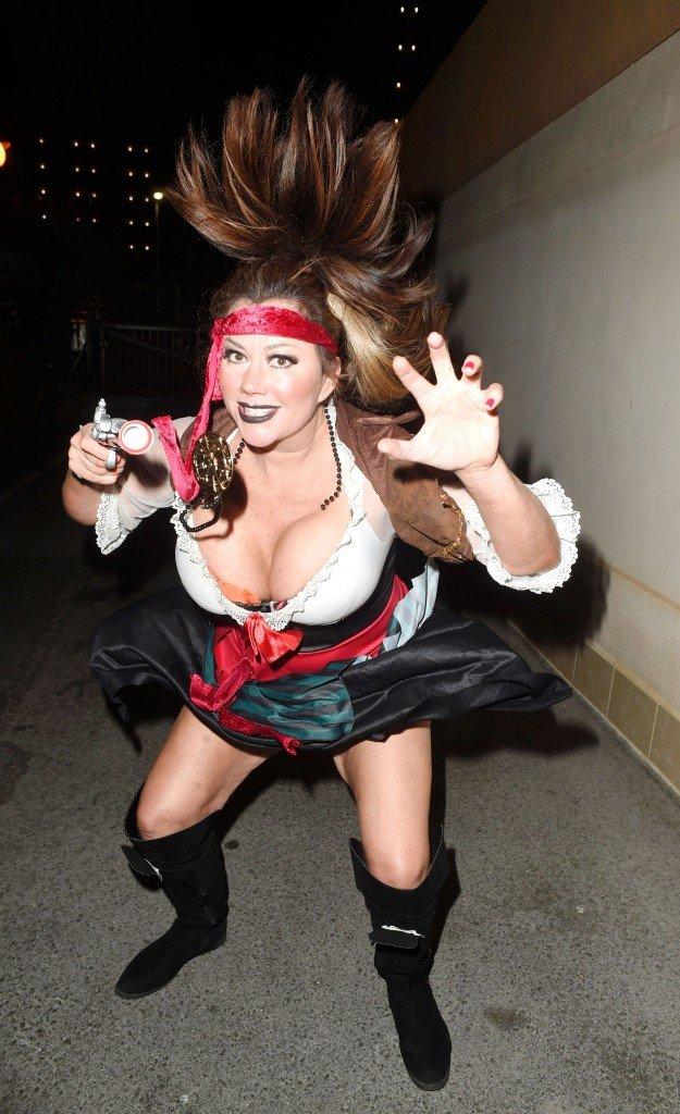 Lisa Appleton Sexy 9