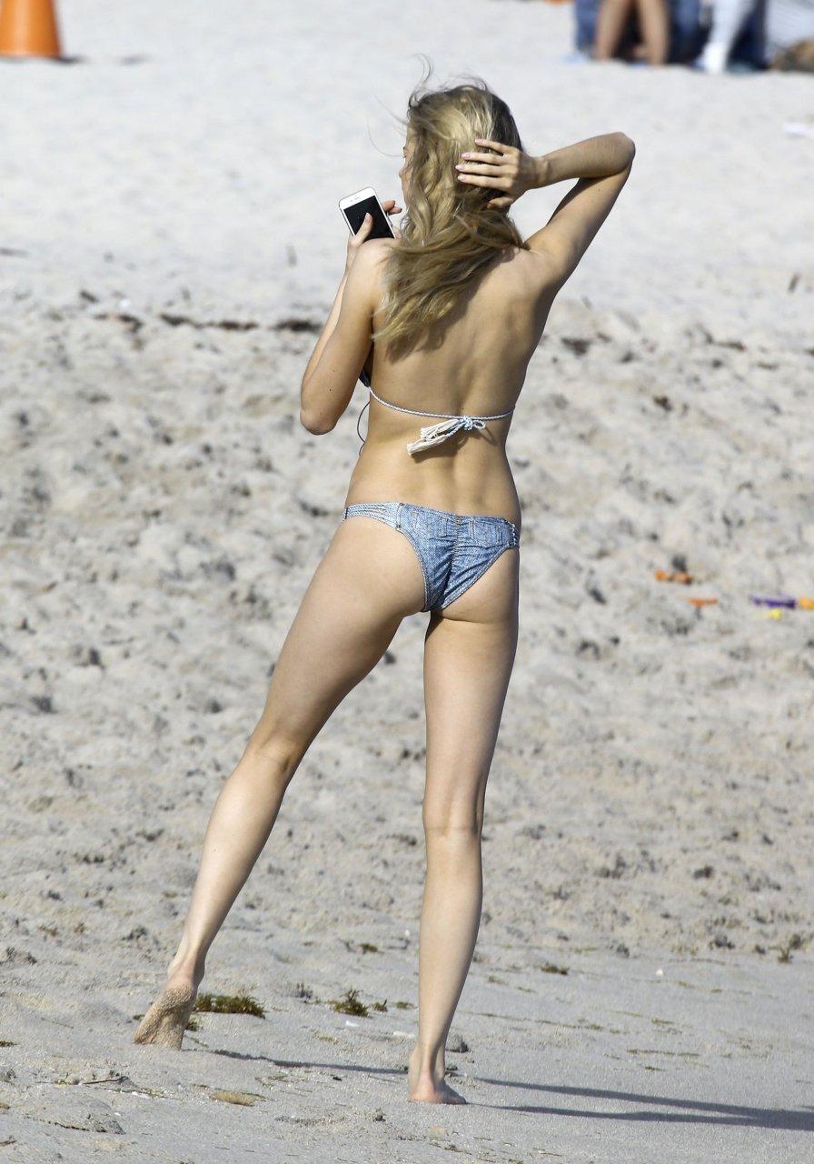 Discussion on this topic: Tati Zaqui Nude - 27 Photos, louisa-warwick-sexy-27-photos-gifs/