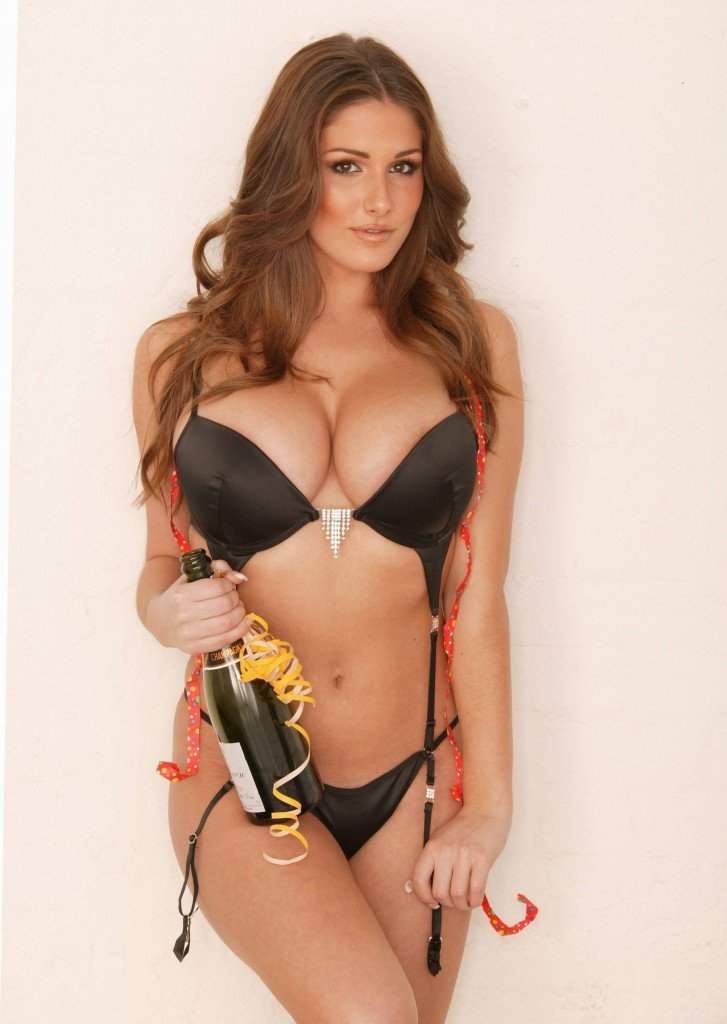 Lucy Pinder Sexy 1