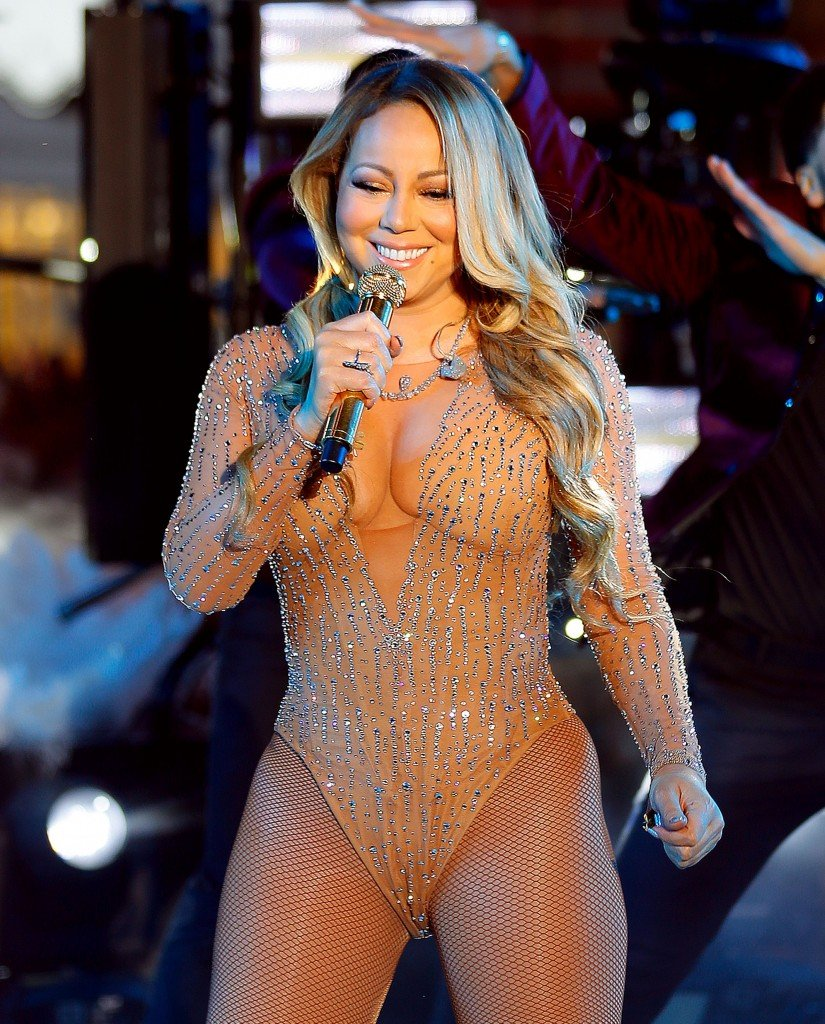 Mariah Carey Loves To Show Off Her Sexy Body