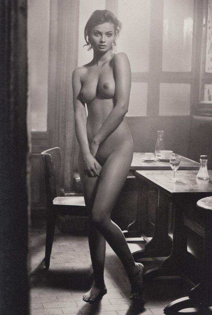 Moa Aberg Naked 1
