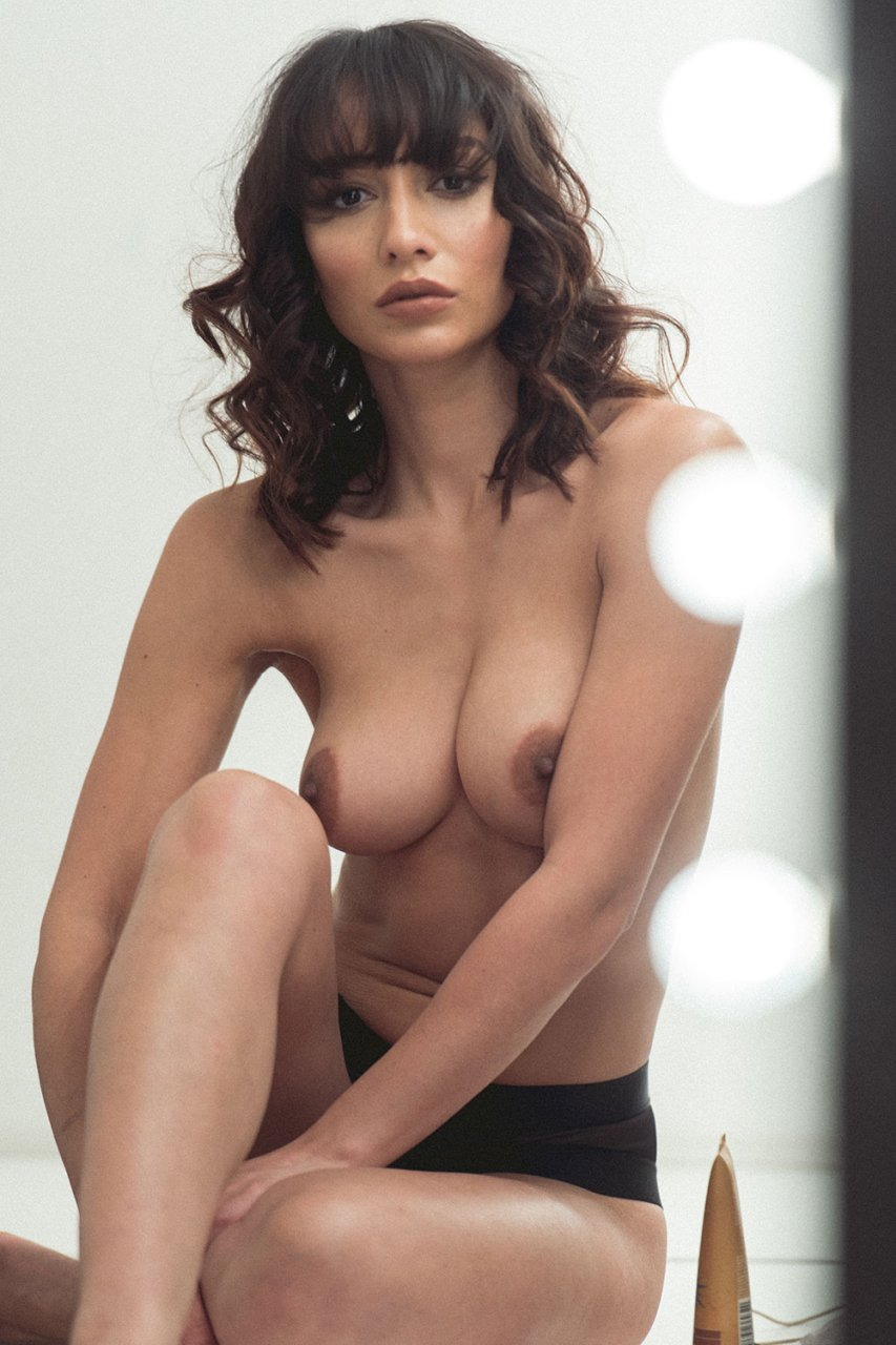 Christiane Paul Nude in 8 Tage (2019)