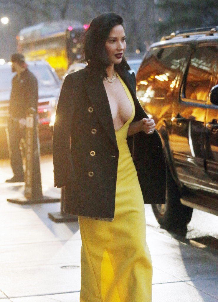 Olivia Munn Cleavage thefappening.so 17