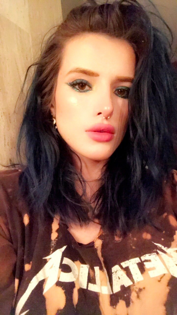 Are Bella thorne nude naked