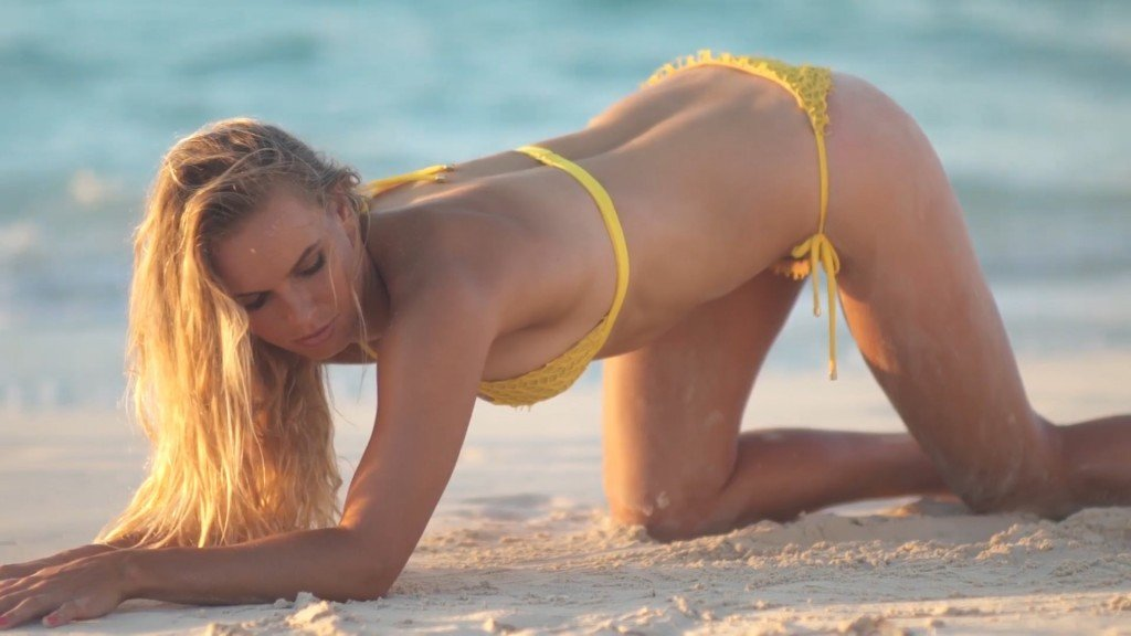 Caroline Wozniacki Sexy Int 12