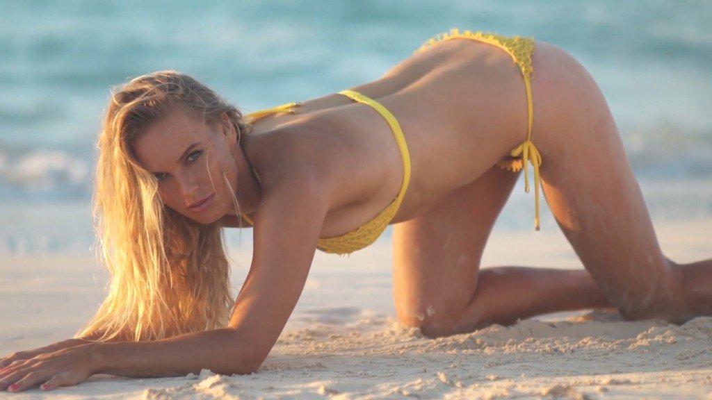 Caroline Wozniacki Sexy – 2017 'Sports Illustrated' Swimsuit Issue